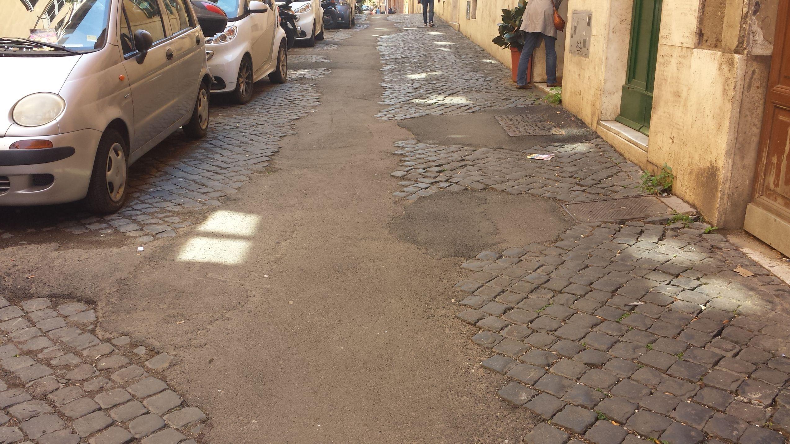 Via Baccina asfalto