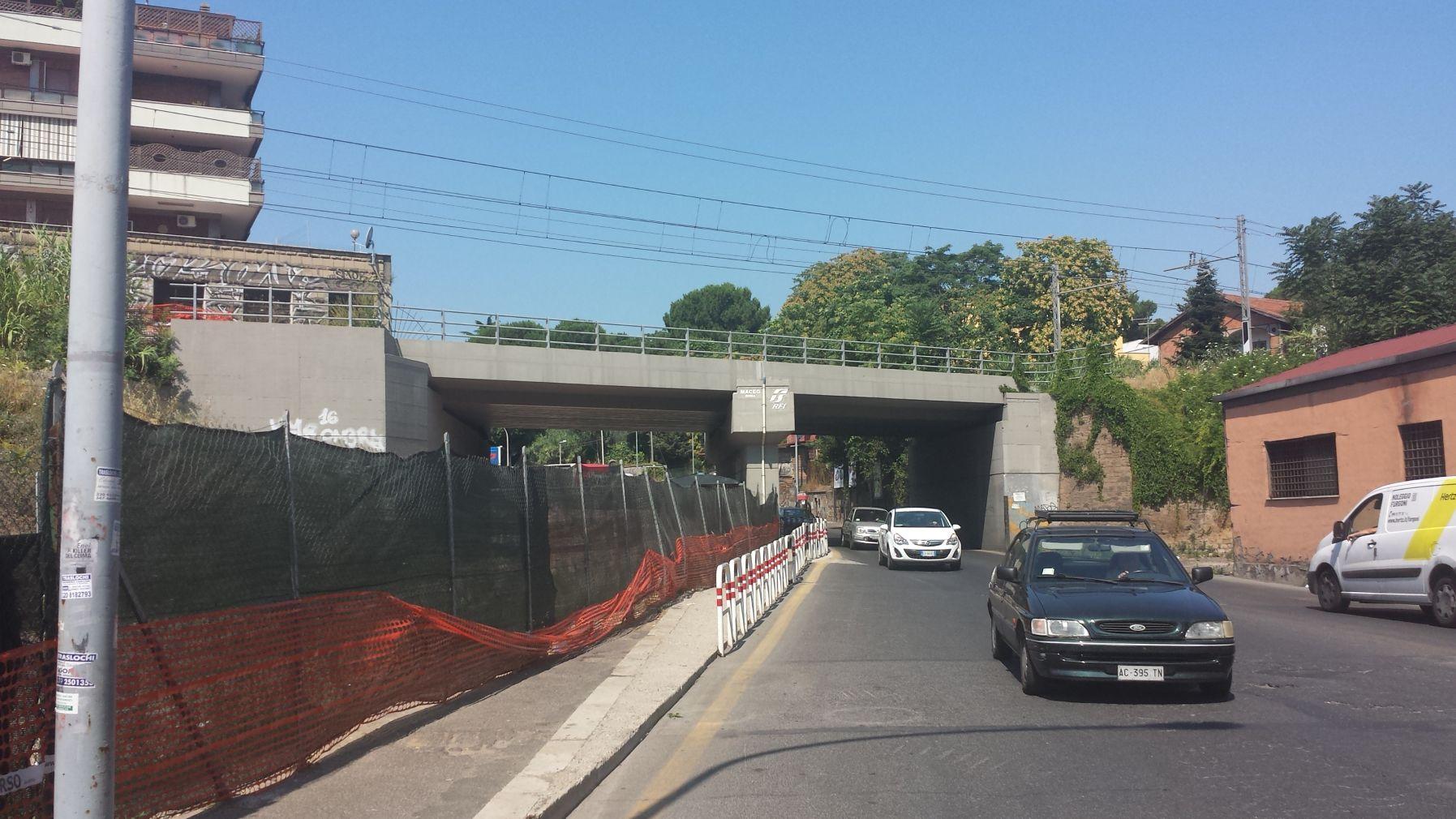 Ponte ferroviario Portuense