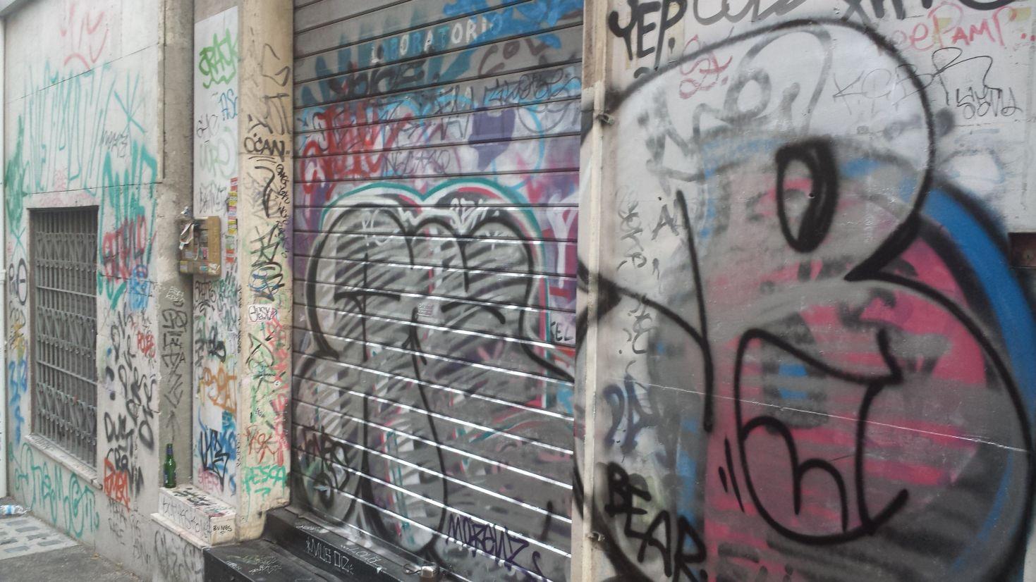Via Gela graffiti 2