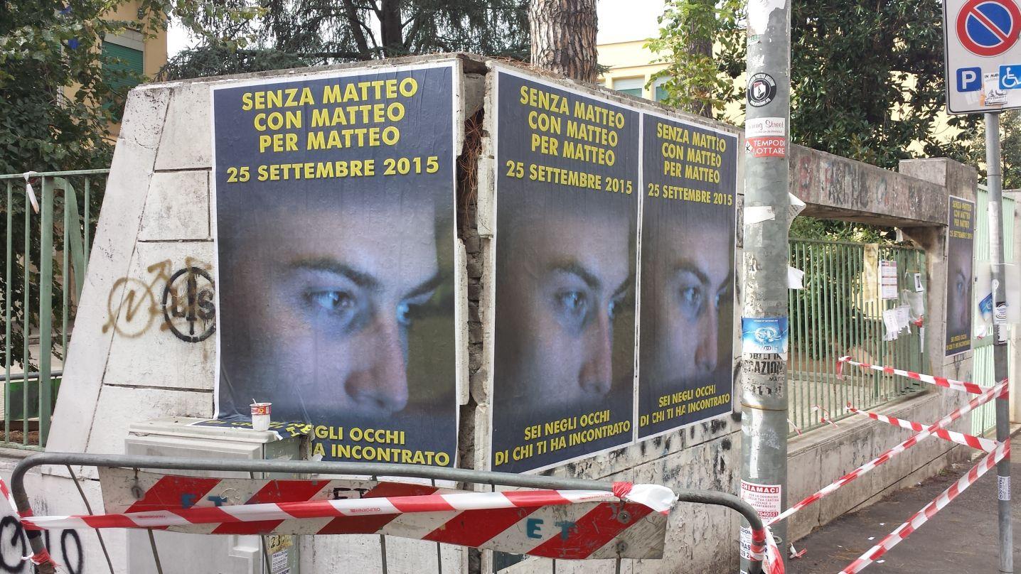 Manifesti abusivi Matteo Bonetti