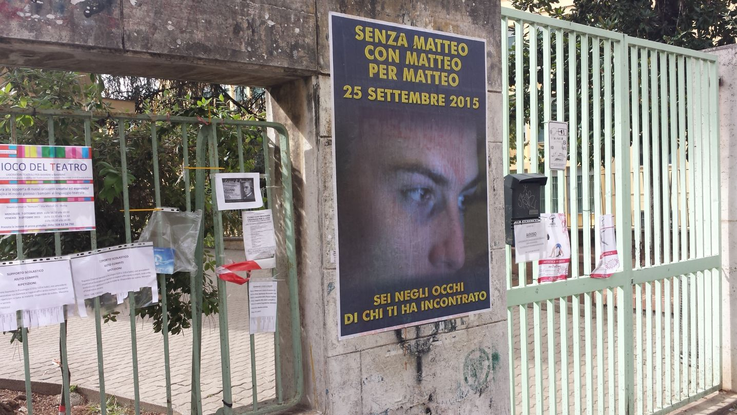 Manifesti abusivi Matteo Bonetti2