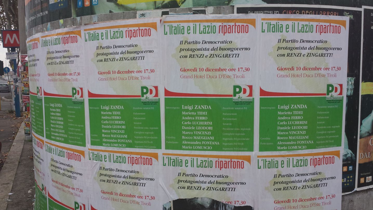 Manifesti abusivi pd