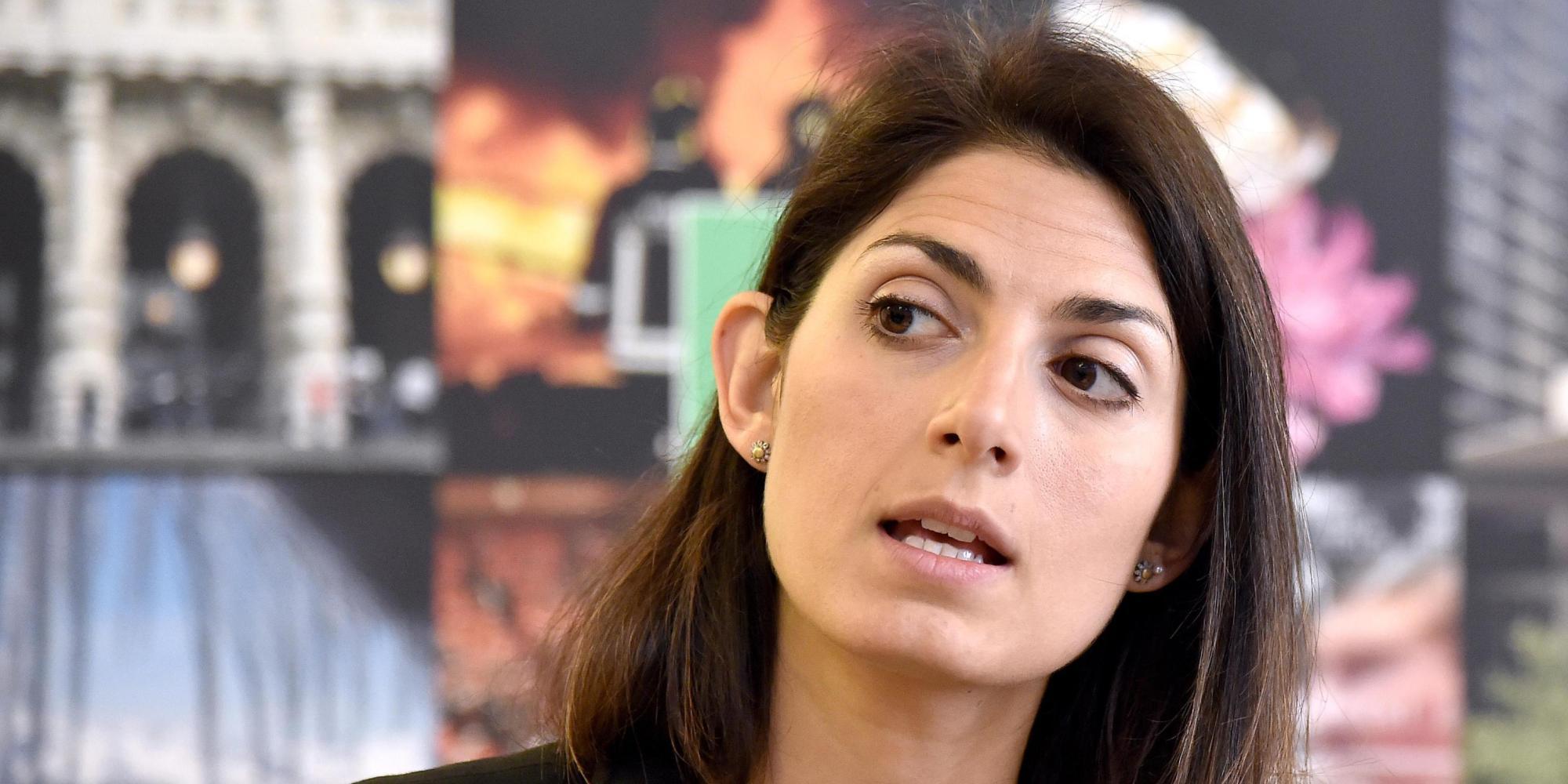 Roma: Raggi, codice e staff anche a causa Mafia Capitale