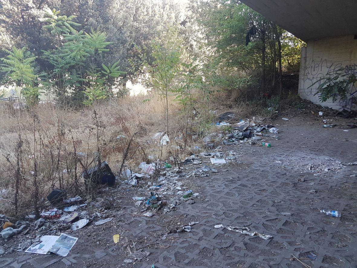 rifiuti ponte nomentano4